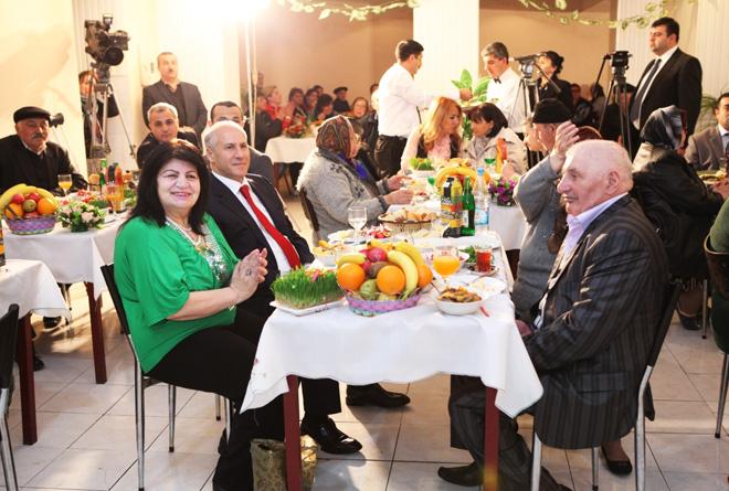 Qocalar evində Novruz şənliyi keçirilib (FOTO) - Gallery Image