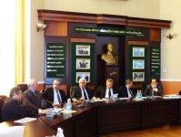 Представитель Института метанола США провел встречи в ряде госведомств Азербайджана (ФОТО) - Gallery Thumbnail