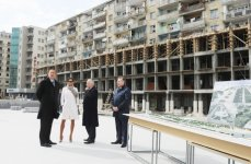 President Ilham Aliyev and his spouse inspects construction work in underground parking, park, garden and fountain complex in Baku (PHOTO) - Gallery Thumbnail