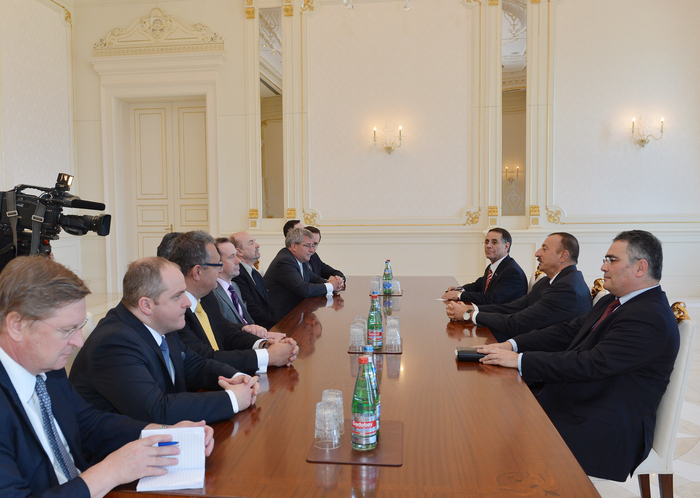 President Ilham Aliyev receives chair of European Conservatives and Reformists group in European Parliament