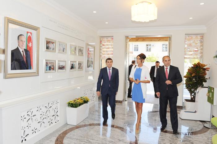 Mehriban xanım Əliyeva bir sıra sosial obyektlərin açılışında iştirak edib (FOTO) - Gallery Image