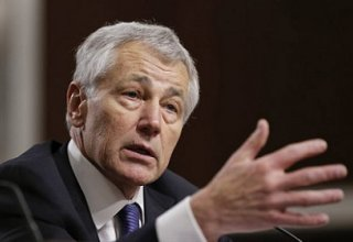 Chuck Hagel holds talks with Egypt's Sisi on political roadmap