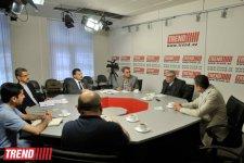 """""""Heydər Əliyev və İranla daimi dostluğa əsaslanan baxış"""" mövzusunda """"dəyirmi masa"""" keçirilib (FOTO) - Gallery Thumbnail"""