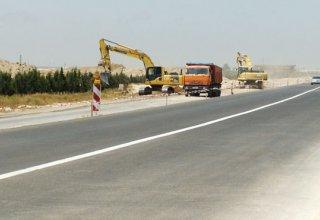 Начался ремонт одной из улиц в Сураханском районе Баку