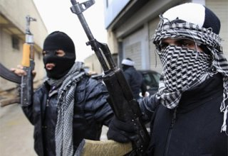 Al Qaeda breaks link with Syrian militant group ISIL