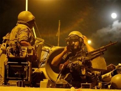 Two soldiers wounded in clashes in volatile Lebanese city