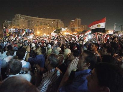 Muslim Brotherhood, liberals call for rival rallies in Egypt