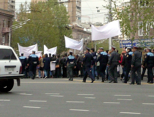 Armenian opposition groups to unite for a rally