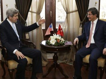 Turkey, US FMs discuss situation in Egypt
