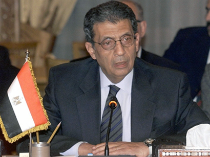 Egypt panel holds first session to amend Islamists' constitution