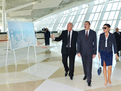 Azerbaijani President and his spouse attend opening of building of Air Traffic Control Center of Azerbaijan Airlines (PHOTO)