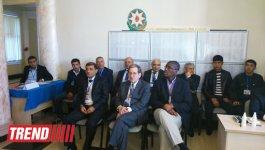 U.S. ambassador to Azerbaijan familiarizes with voting process at presidential election (PHOTO) - Gallery Thumbnail