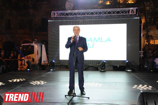 Azerbaijan's ruling party marks Ilham Aliyev's victory in presidential election (PHOTO) - Gallery Image