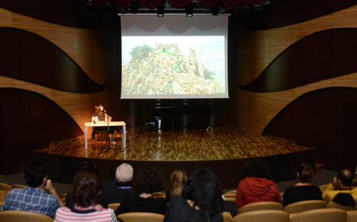 """Yarat Contemporary Art Organization presents lecture of famous artist Taus Makhacheva entitled """"Gazing at the highlanders, gazing from the highlands"""" (PHOTO) - Gallery Image"""