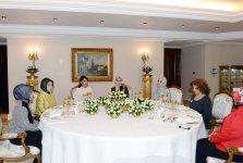 Azerbaijan's First Lady Mehriban Aliyeva meets Turkish President's spouse (PHOTO) - Gallery Thumbnail