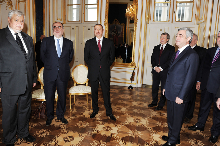 Settlement of Nagorno-Karabakh conflict discussed at meeting of Azerbaijani and Armenian presidents (PHOTO) - Gallery Image