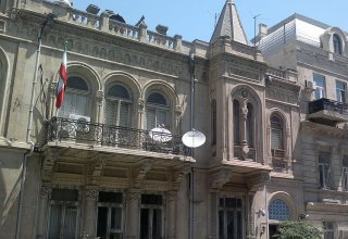 Iranian trucks do not transport goods to Karabakh - Iranian embassy