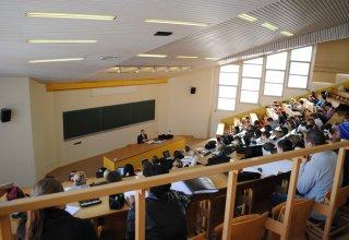 В Азербайджане некоторым студентам будет выдаваться специальная стипендия