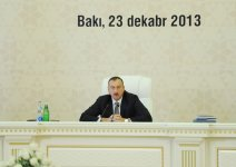 President Ilham Aliyev presides over conference on outcomes of state program on socio-economic development of Baku and surrounding small districts (PHOTO) - Gallery Thumbnail