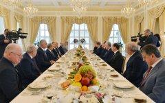 İlham Əliyev Dağıstan Prezidentinin başçılıq etdiyi nümayəndə heyətini qəbul edib - Gallery Thumbnail