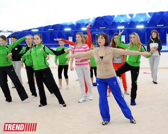 Beynəlxalq Gimnastika Federasiya Bakıda təlim kursları keçirir (FOTO) - Gallery Image