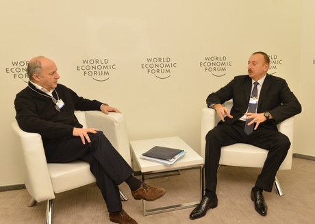 Azerbaijani President meets French FM in Davos - Gallery Image
