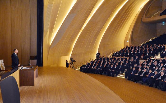 Президент Ильхам Алиев: Третья региональная госпрограмма внесет новый вклад в развитие Азербайджана (ФОТО) - Gallery Image