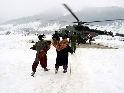 Rescue efforts in Iranian snow-hit provinces continue, deaths reported
