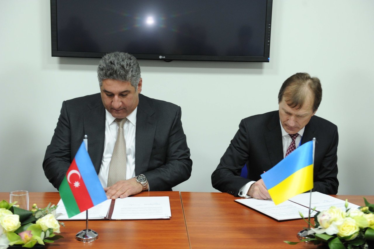 Azerbaijan, Ukraine sign deal on cooperation in sport and Olympic movement in Sochi (PHOTO) - Gallery Image