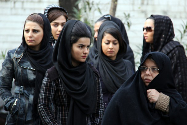 Women account for one third of Iran's homeless people