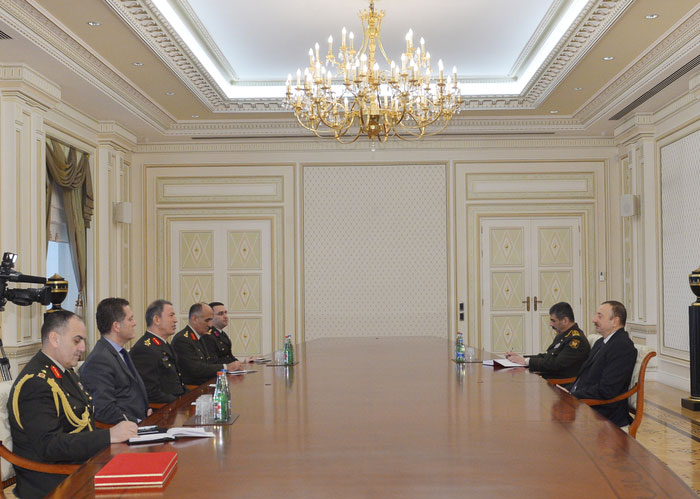 Azerbaijani president notes importance of expanding Azerbaijan-Turkey military cooperation - Gallery Image