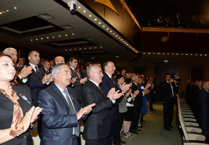 Президент Ильхам Алиев: Сильный Азербайджан сегодня играет стабилизирующую роль для региона (ФОТО) - Gallery Image