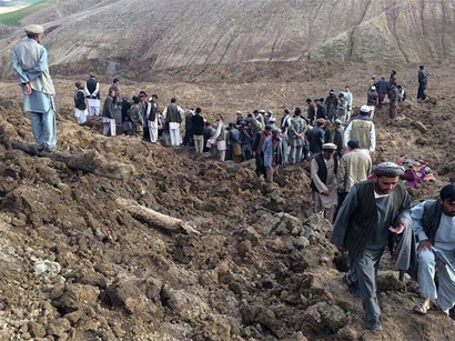 350 dead, thousands missing as rescuers comb Afghanistan landslide