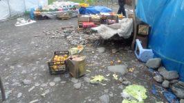 Zaqatala bazarında mənşəyi məlum olmayan məhsulların satıldığı müəyyən edilib (FOTO) - Gallery Thumbnail