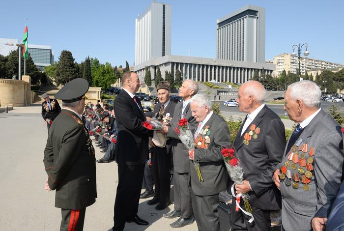 Президент Ильхам Алиев: В Азербайджане к ветеранам проявляются большое внимание и забота (версия 2) (ФОТО) - Gallery Image