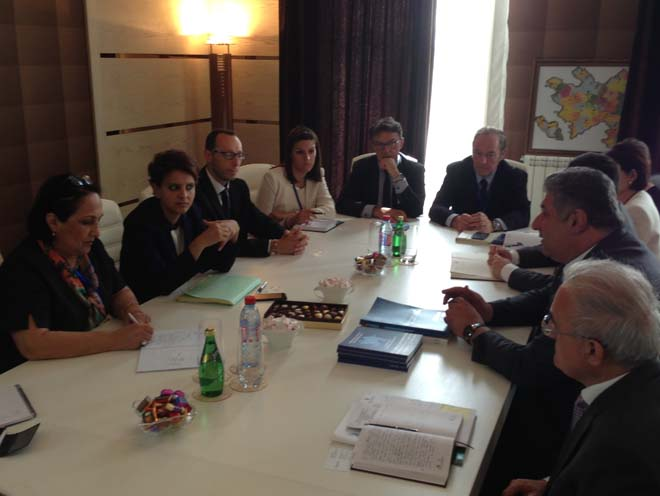 Azerbaijan, France discuss youth and sports cooperation (PHOTO) - Gallery Image
