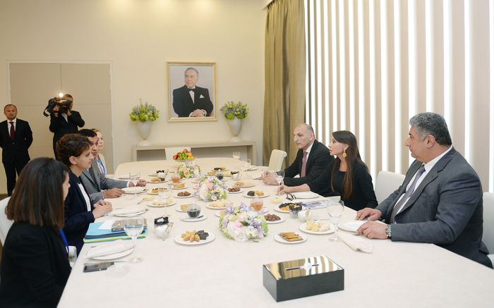 Azerbaijani first lady meets French Minister of Women's Rights, City, Youth and Sports