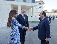 Ilham Aliyev, Francois Hollande, and First Lady Mehriban Aliyeva observe construction of French Lyceum in Baku - Gallery Thumbnail