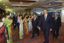President Aliyev meets with Vietnamese students educated in Azerbaijan (PHOTO) - Gallery Thumbnail