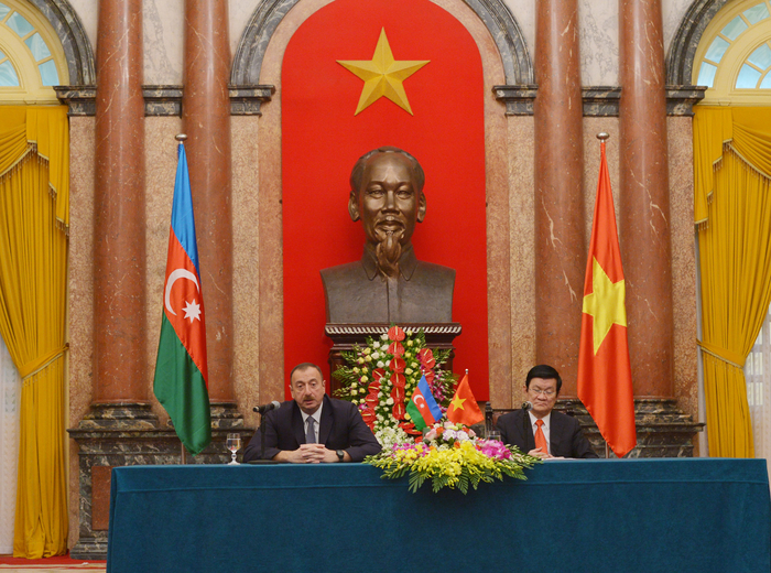 Presidents of Azerbaijan and Vietnam make statements for press (PHOTO) - Gallery Image