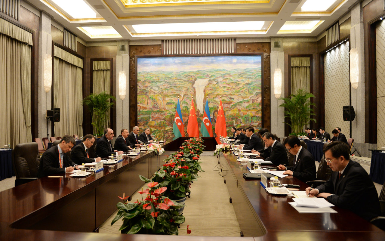 Azerbaijani president meets with Chinese counterpart (PHOTO) - Gallery Image