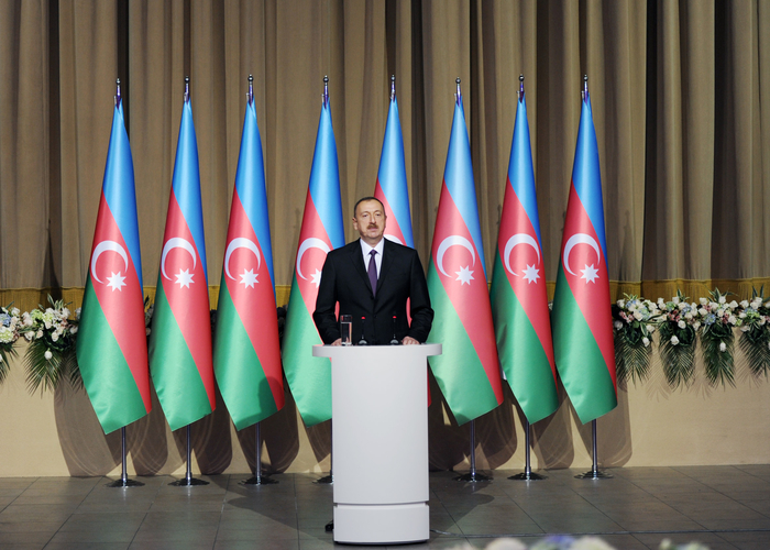Azerbaijani president and his spouse attend official reception on occasion of Republic Day - Gallery Image
