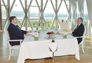 President Ilham Aliyev and President of the European Commission Jose Manuel Barroso had a dinner together (PHOTO)