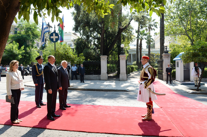 Official welcoming ceremony for President Ilham Aliyev was held in Athens (PHOTO) - Gallery Image