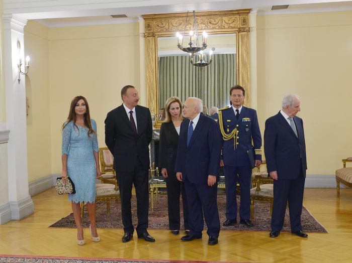 Prezident İlham Əliyev: Azərbaycan Yunanıstan iqtisadiyyatına sərmayə qoymaqda maraqlıdır (FOTO) - Gallery Image
