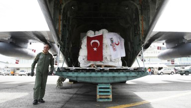 Turkey sends 634 aid vehicles to Kobani
