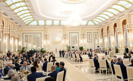 President Ilham Aliyev attended the Iftar ceremony on the occasion of the holy month of Ramadan (PHOTO) - Gallery Image