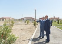 Azerbaijani president attends opening of new settlement for IDP families in Aghdam region - Gallery Thumbnail