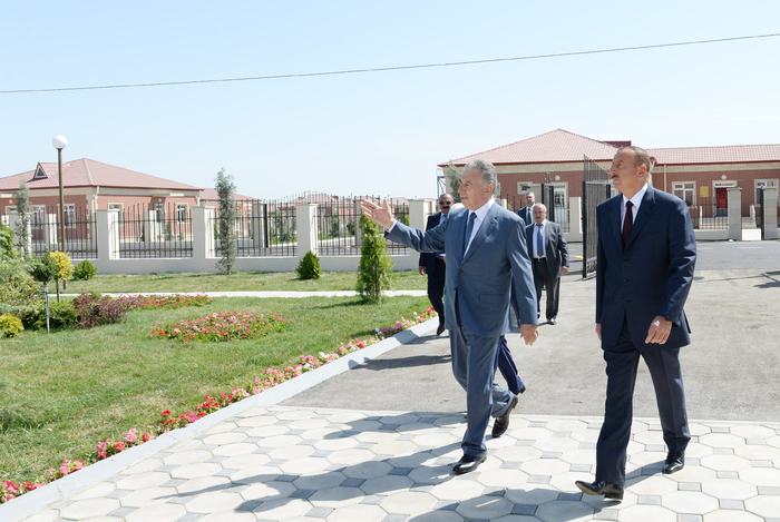 Azerbaijani president attends opening of new settlement for IDP families in Aghdam region - Gallery Image