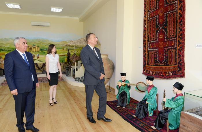 Prezident İlham Əliyev Füzuli rayon Tarix-Diyarşünaslıq Muzeyinin açılışında iştirak edib (FOTO) - Gallery Image